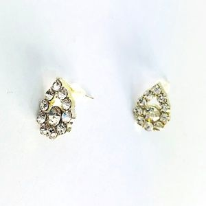 New! Sparkling Crystals Teardrop Stud Earrings